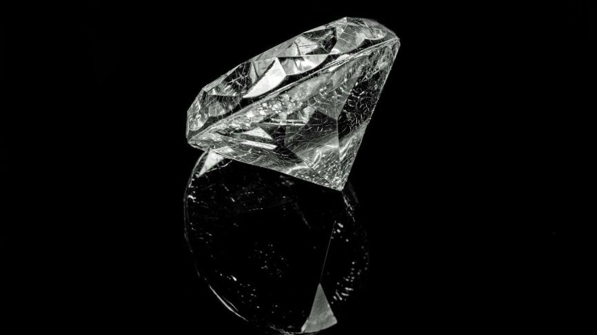 Buyers And Sellers Of Diamonds